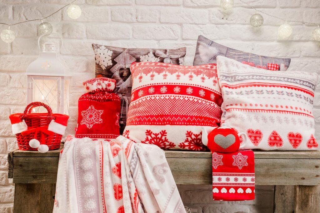 decorar casa de madera navidad